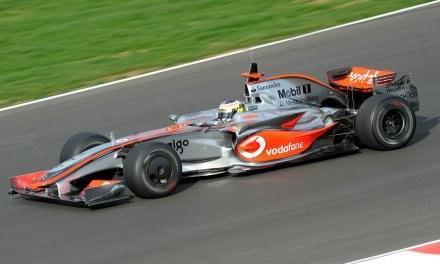 Pedro de la Rosa  w bolidze  McLarena. /AFP