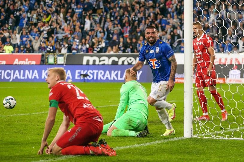 Pedro Rebocho po golu w meczu Lech Poznań - Wisła Kraków /JAKUB PIASECKI / CYFRASPORT / NEWSPIX.PL /Newspix