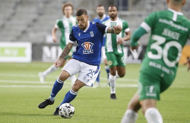 Pedro Tiba w trakcie meczu z Hammarby IF /STEFAN JERREVANG /PAP/EPA