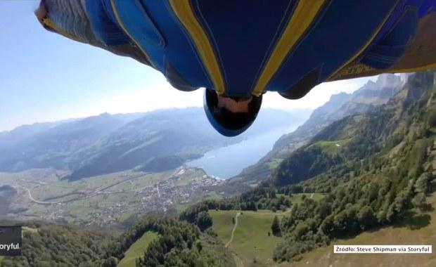 Pędził 180 km/h nad alpejskimi szczytami. Ekstremalny lot w kombinezonie wingsuit