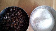 Peeling domowy na rozstępy - kawa lub sól