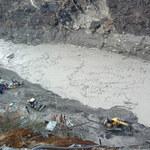 Pęknięcie lodowca w Himalajach. W powodzi zginęło 18 osób, ponad 200 zaginionych