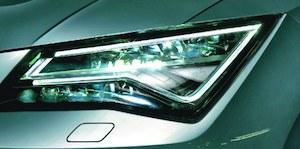 Pełne światła LED są wyposażeniem standardowym dwóch droższych wersji wyposażenia: Style i Xcellence. (kliknij, żeby powiększyć) /Motor