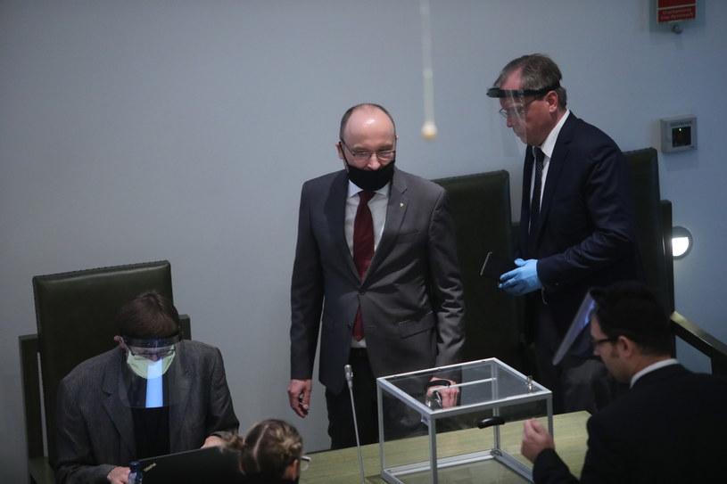 Pełniący obowiązki pierwszego prezesa Sądu Najwyższego Kamil Zaradkiewicz podczas drugiego dnia zgromadzenia ogólnego sędziów Sądu Najwyższego /Wojciech Olkuśnik /PAP