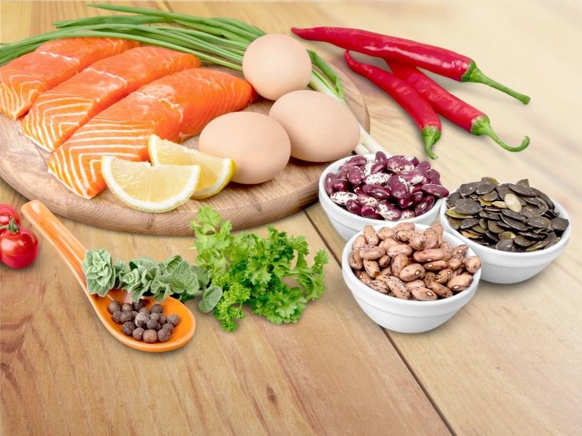 Pełnowartościowe białko zawiera największą ilość aminokwasów /123RF/PICSEL