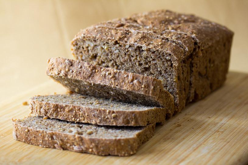 pełnoziarnisty tost /© Photogenica