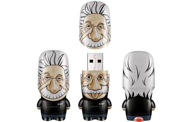 Pendrive w kształcie głowy Einsteina /materiały prasowe