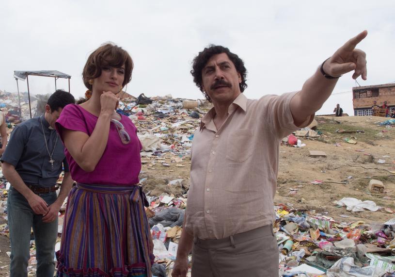"""Penelope Cruz i Javier Bardem w filmie """"Kochając Pabla, nienawidząc Escobara"""" /materiały dystrybutora"""