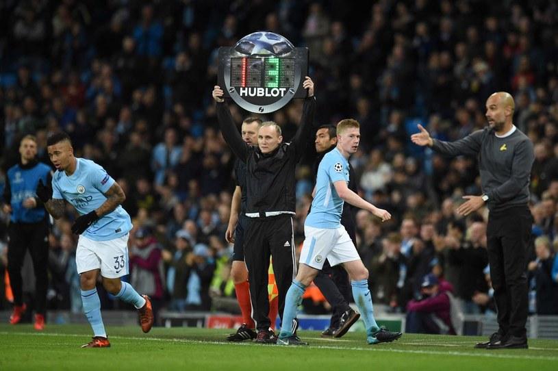 Pep Guardiola sprawnie zarządza Manchesterem City. Schodzi Kevin De Bruyne. /AFP