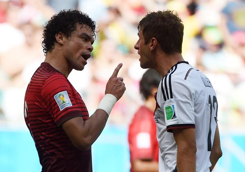 Pepe i Thomas Mueller - o nich było głośno w pierwszej kolejce fazy grupowej mundialu /AFP