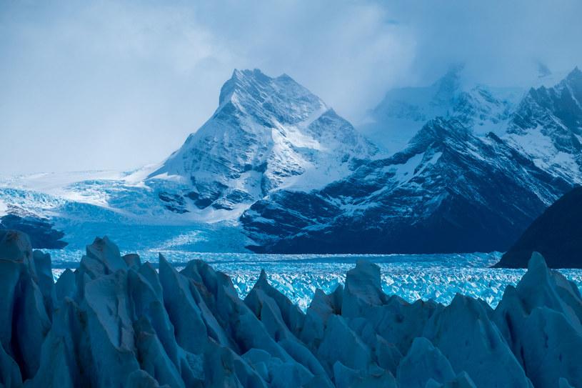 Perito Moreno - temu miejscu warto poświęcić więcej niż jeden dzień /123RF/PICSEL