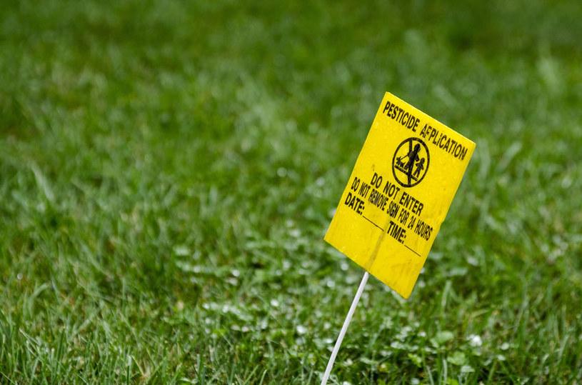 Pestycydy groźne dla zdrowia /©123RF/PICSEL