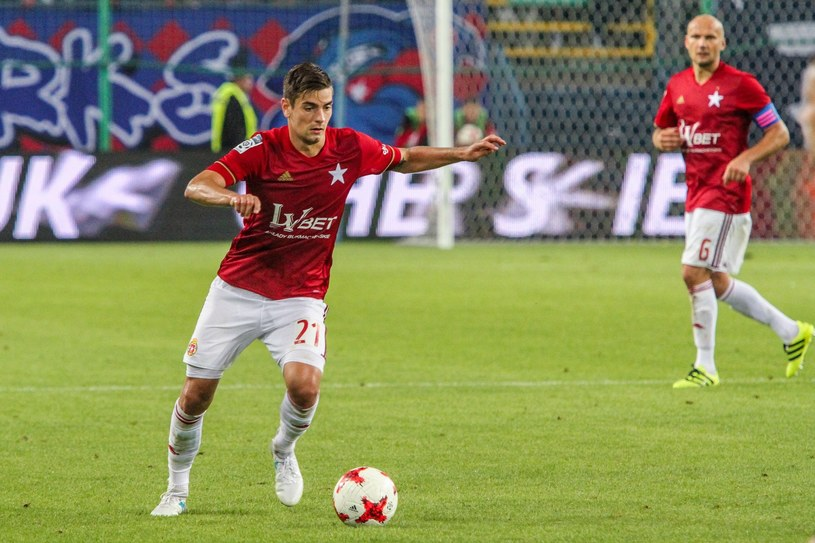Petar Brlek podczas derbów Krakowa /Jan Graczyński /East News