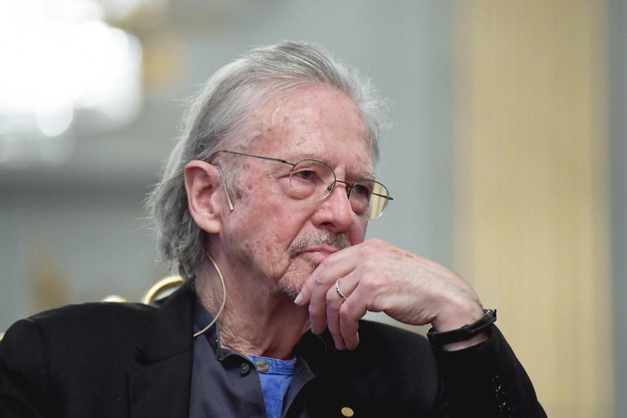 Peter Handke wyszedł wzburzony z konferencji noblowskiej /ANDERS WIKLUND /PAP/EPA