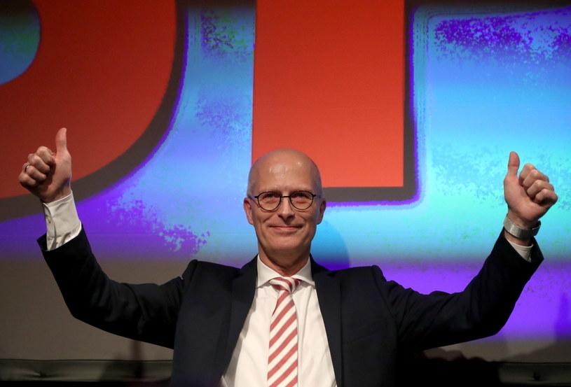 Peter Tschentscher, burmistrz Hamburga, po ogłoszeniu wyników exit poll /PAP/EPA/FOCKE STRANGMANN /PAP/EPA