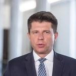 Petru: Obawiam się, że exit tax doprowadzi do masowej ucieczki firm z Polski za granicę