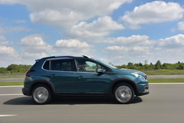 Peugeot 2008 1.2 PureTech 110 Allure