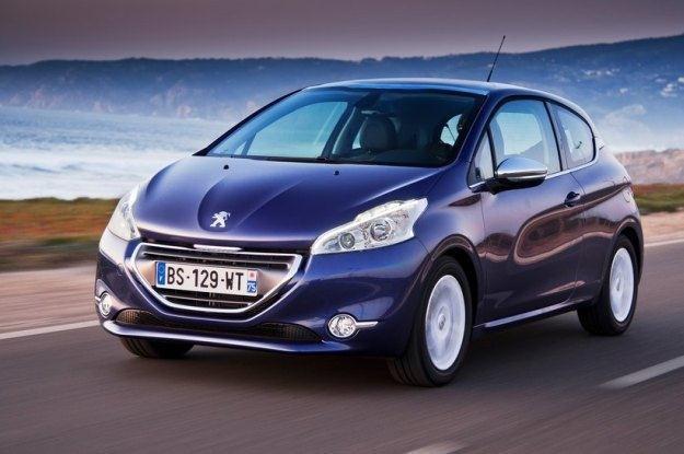Peugeot 208 /