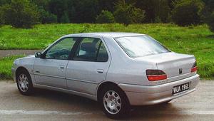Peugeot 306 1.6 Saint Tropez - test