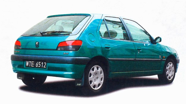 Peugeot 306 to klasyczny hatchback. /Motor