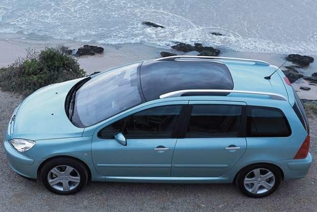Peugeot 307 SW z panoramicznym dachem (kliknij) /INTERIA.PL