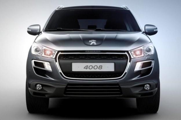 Peugeot 4008 /