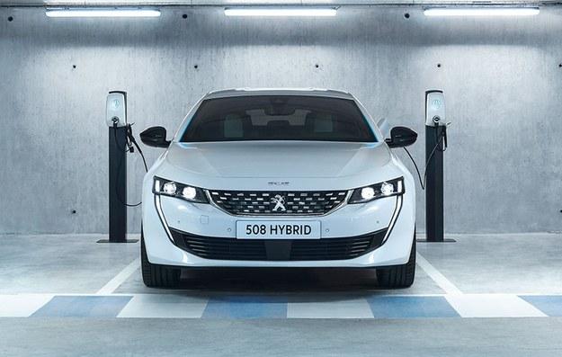Peugeot 508 HYBRID /Peugeot