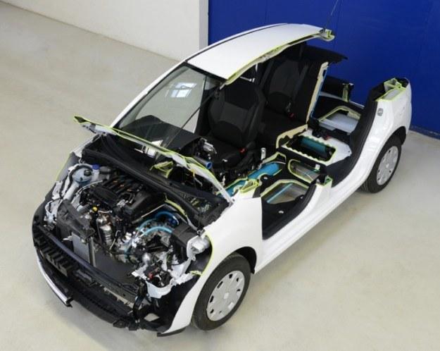 Peugeot Citroen Hybrid Air - pierwszy samochód na powietrze /materiały prasowe