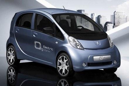 Peugeot iOn /