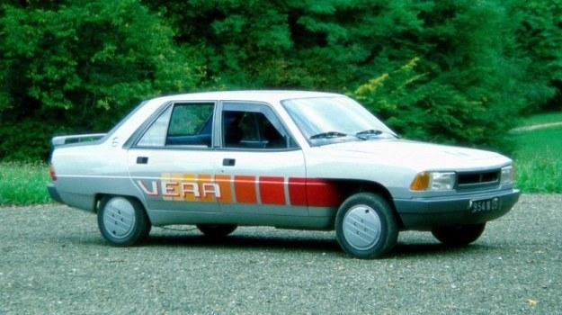 Peugeot Vera - gdyby nie kieszenie błotników przednich, można by uważać ten prototyp za samochód seryjny. Ma on wszakże współczynnik oporów powietrza obniżony do 0,32 drogą niewielkich zmian nadwoziowych. /Motor