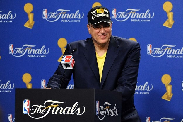 "Phil Jackson chce zdobyć z L.A. Lakers tzw. ""three-peat"" /AFP"