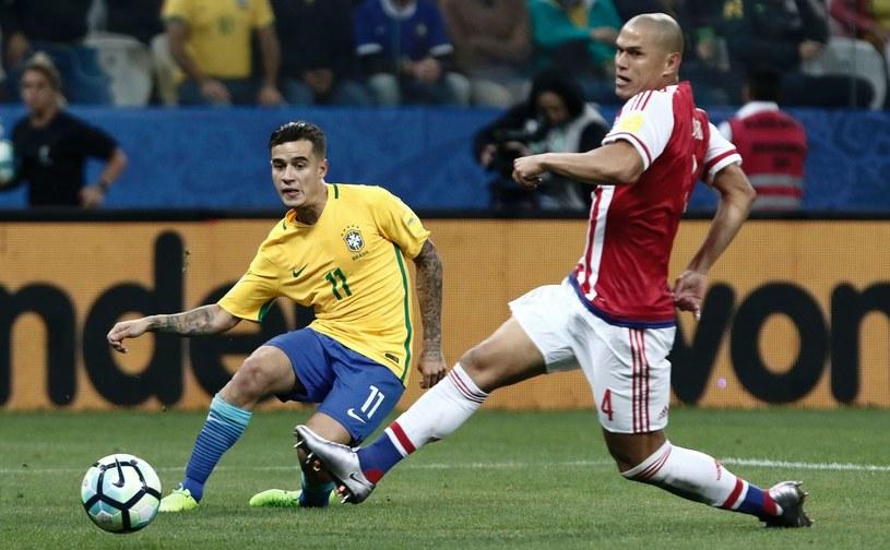 Philippe Coutinho (z lewej) w meczu Brazylii /AFP