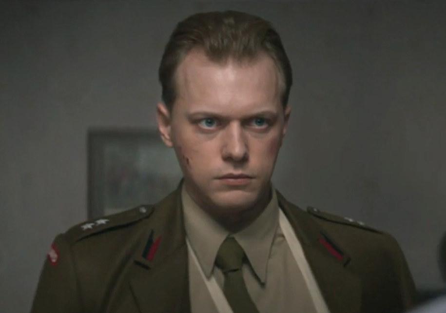 Philippe Tłokiński odtwórca głównej roli w filmie Władysława Pasikowskiego. Kadr z filmu Kurier /Materiały prasowe