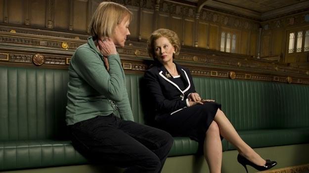 """Phyllida Lloyd (L) z Meryl Streep (P) na planie """"Żelaznej Damy"""" /materiały dystrybutora"""