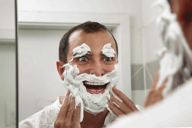 pianka do golenia zastosowanie /© Photogenica