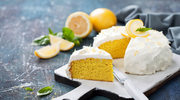 Piaskowe ciasta z soczystymi cytrusami