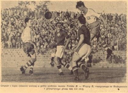 Piast Gliwice / Robert Gronowski (Gruner) pierwszy z lewej podczas meczu Polski B w Budapeszcie /