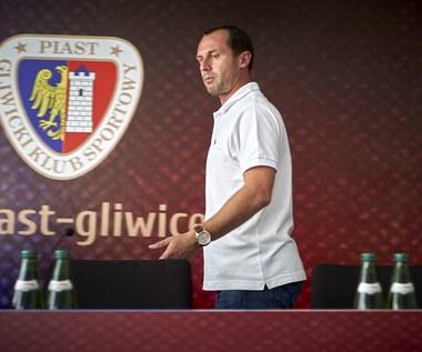 Piast Gliwice zostanie ukarany walkowerem? Zamieszanie z licencją trenera Radoslava Latala