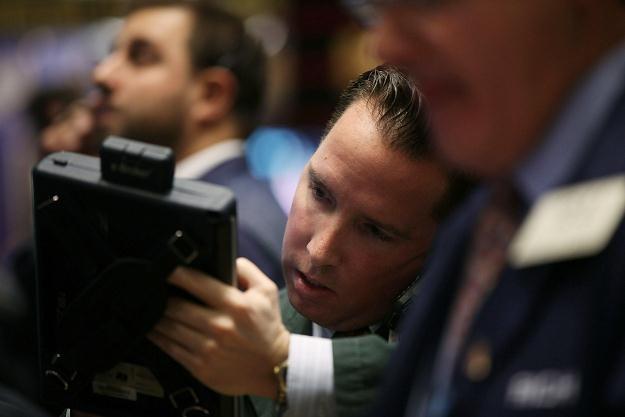 Piątkowa sesja na Wall Street zakończyła się najgłębszymi spadkami na DJI od początku roku /AFP