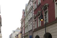 Piąty dzień z rzędu nie gasną uliczne latarnie w Poznaniu