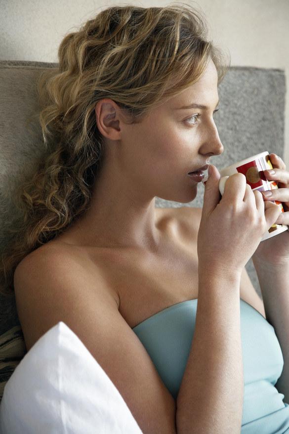 picie kawy zalety /© Photogenica