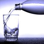 Picie wody podczas egzaminu poprawia wyniki