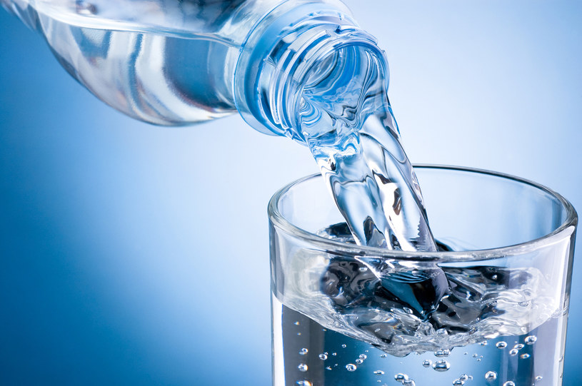 picie wody /© Photogenica