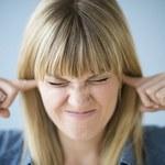 Pięć naturalnych leków na szumy w uszach