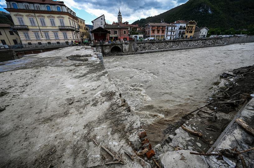 Pięć osób zginęło w wyniku ulew, burz i powodzi na północy Włoch /VINCENZO PINTO /AFP