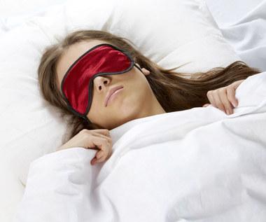 Pięć powodów, przez które nadmiernie pocimy się w nocy