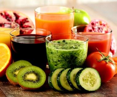 Pięć pysznych napojów na oczyszczenie organizmu i poprawę trawienia