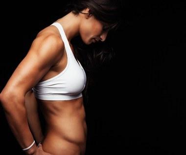 Pięć skutecznych ćwiczeń na płaski brzuch