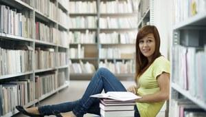 Pięć uczelni, po ukończeniu których zarabia się najlepiej