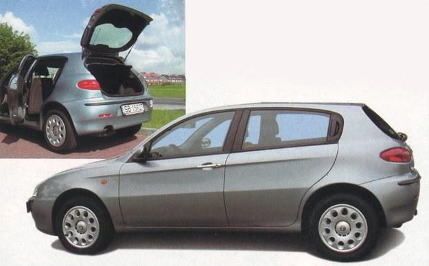 Pięciodrzwiowe nadwozie, dzięki sprytnemu usytuowaniu tylnych klamek, wygląda jak trzydrzwiowe. Bagażnik (gdy tylne siedzenia pozostają na swoim miejscu) jest ze swoimi 280 dm3 dość mikroskopijny, jak na tę klasę aut. /Motor